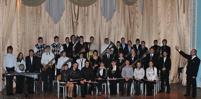 Духовий оркестр під керівництвом Ю.Р.Халілаєва